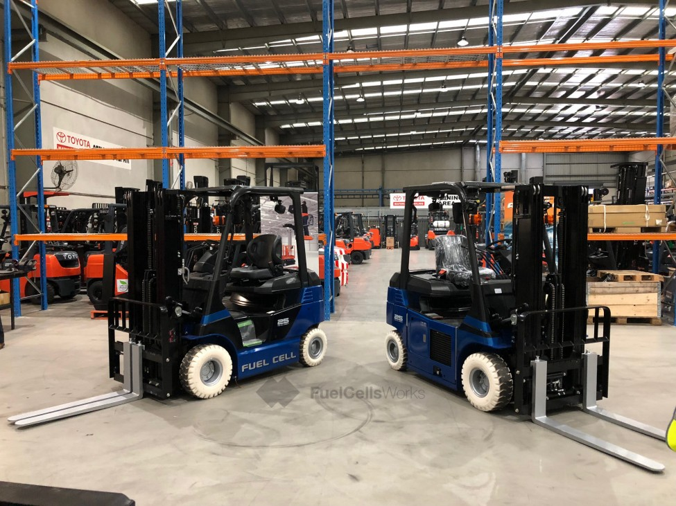 Toyota Fuel Cell Forklifts2 2